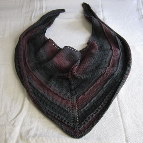 Knit Triangle Scarf 001 by Cinnamon McCullum | AllegraNoir.com