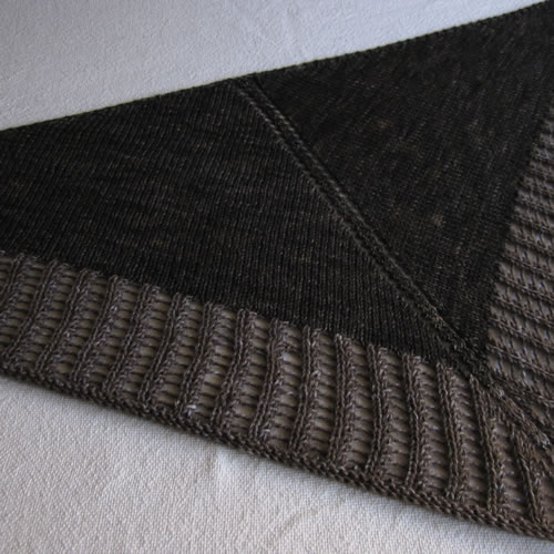 Knit Triangle Scarf 005 by Cinnamon McCullum | AllegraNoir.com